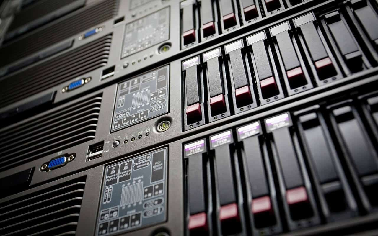 Web servers used for eCommerce website hosting